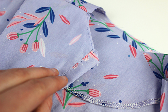 Sew Over It Penny Dress Tutorial :: Sewing the Button Placket