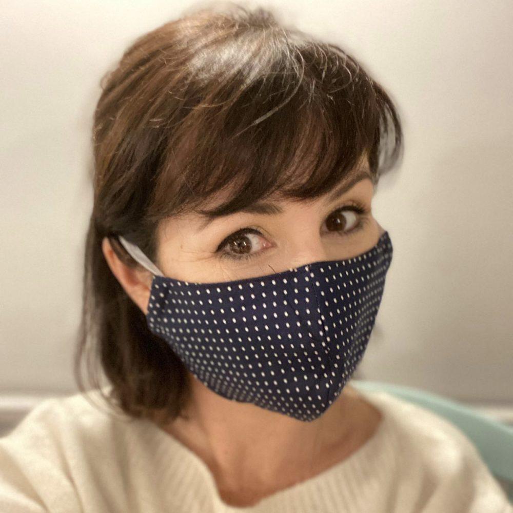 Lisa wearing a facemask