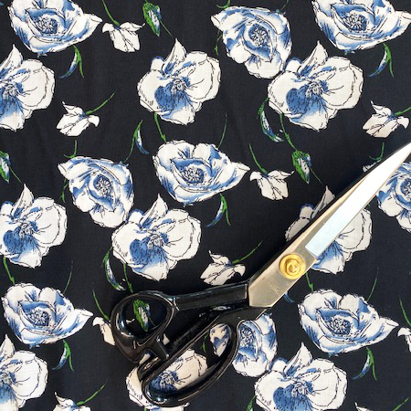 Sew Over It - Wild Roses Black