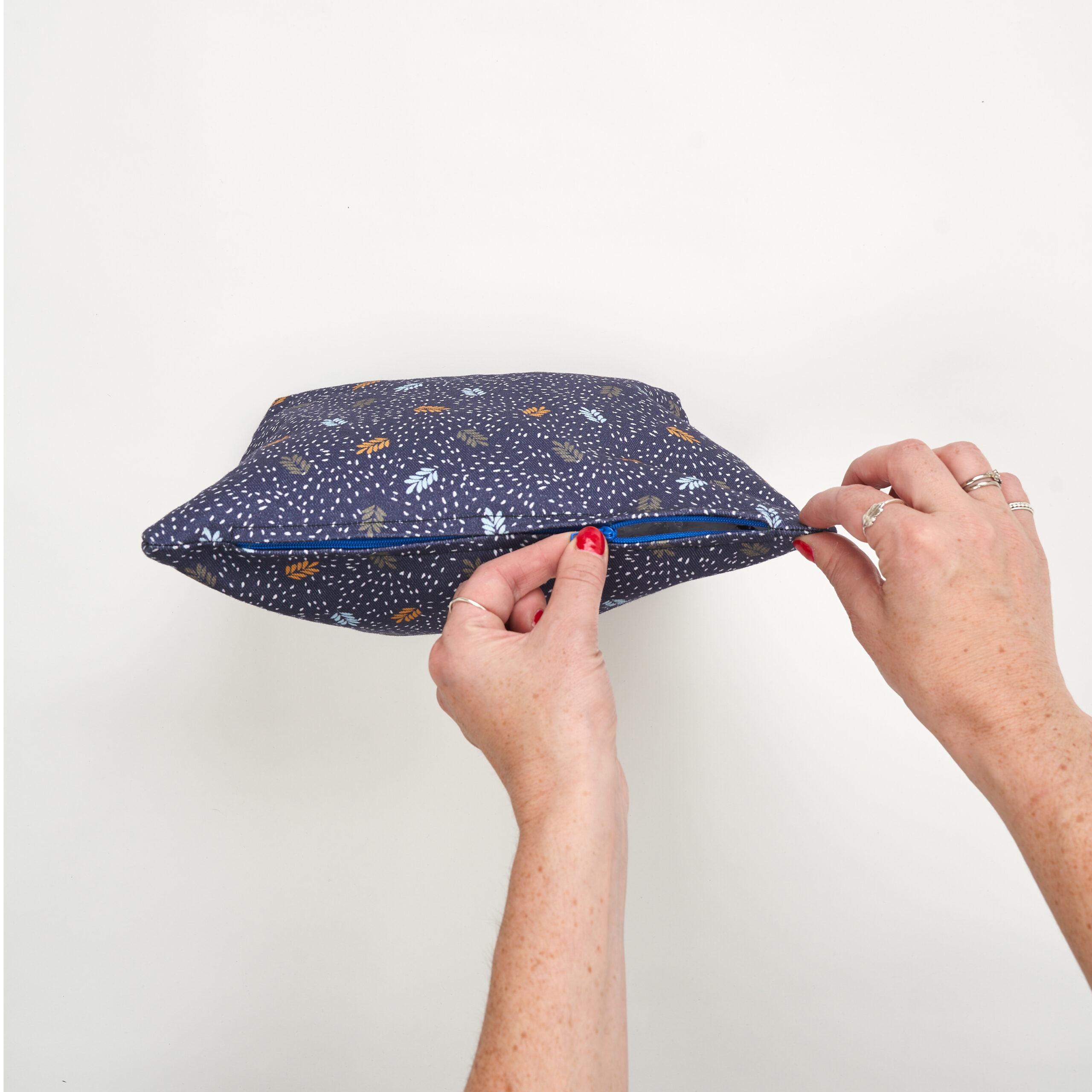 Sew Over It - toiletries bag